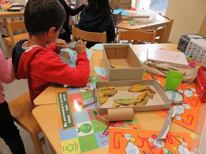 American University of Sharjah Children Recycling 2.jpg
