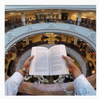 American_University_of_Sharjah_First.jpg