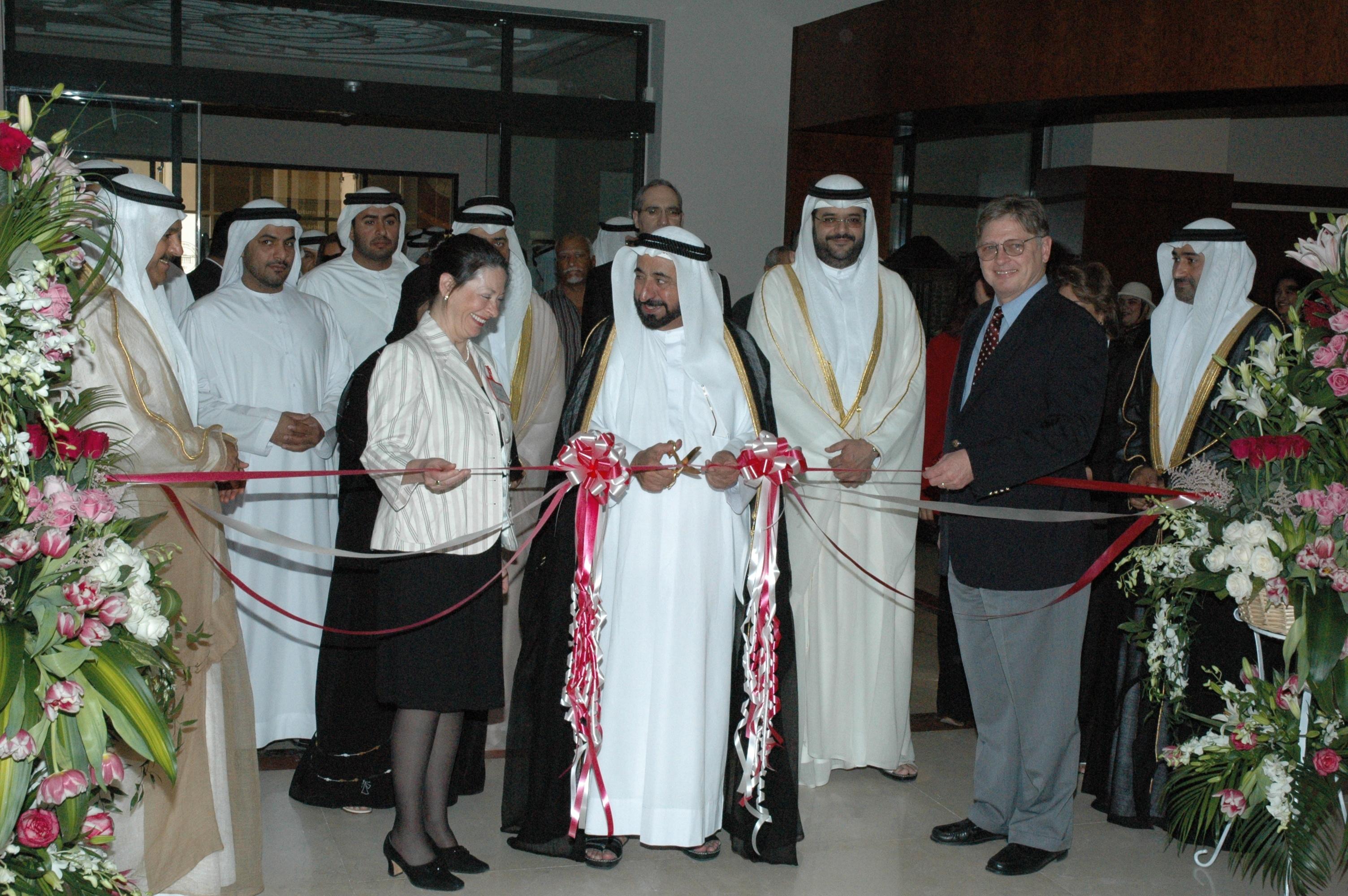 American_University_of_Sharjah_Library_2.jpg