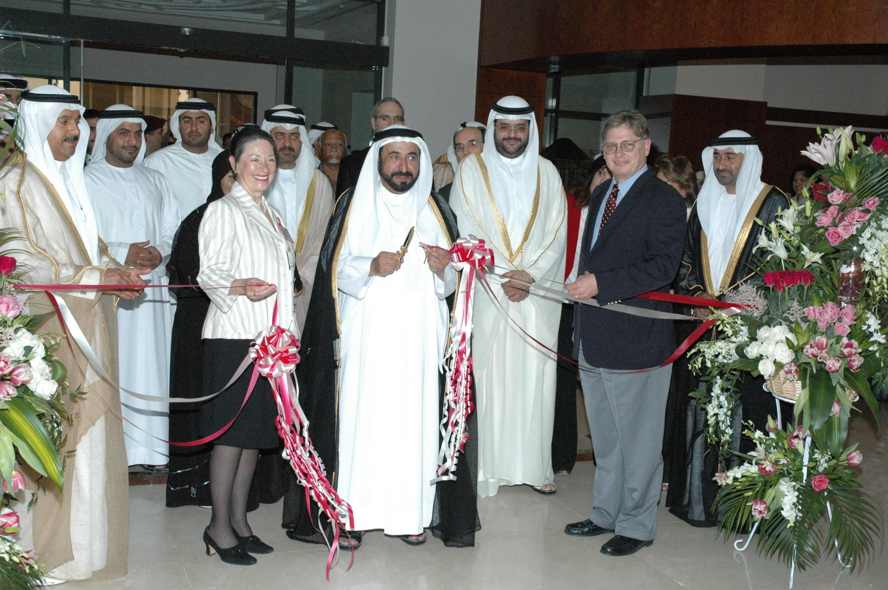 American_University_of_Sharjah_Library_3.jpg
